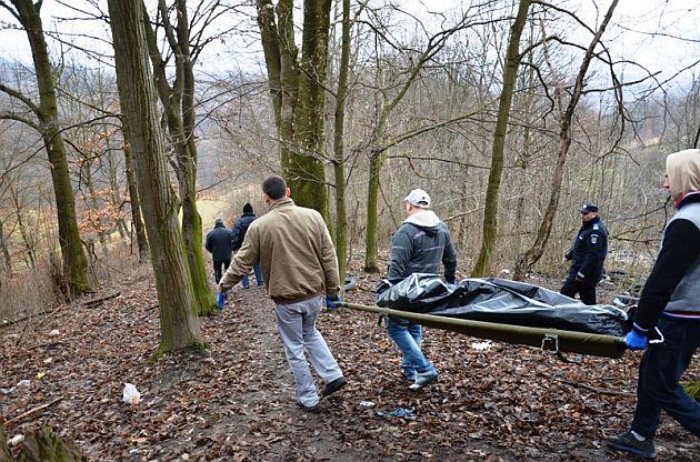 Un tânăr a murit strivit de un copac într-o pădure din Băișoara, în timp ce efectua lucrări de curățenie