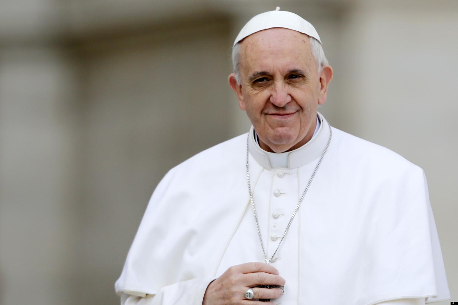 """Mesajul Papei Francisc către tinerii din întreaga lume: """"Continuaţi să strigaţi! Liderii corupţi vă vor anesteziaţi, nu vă lăsaţi!"""""""