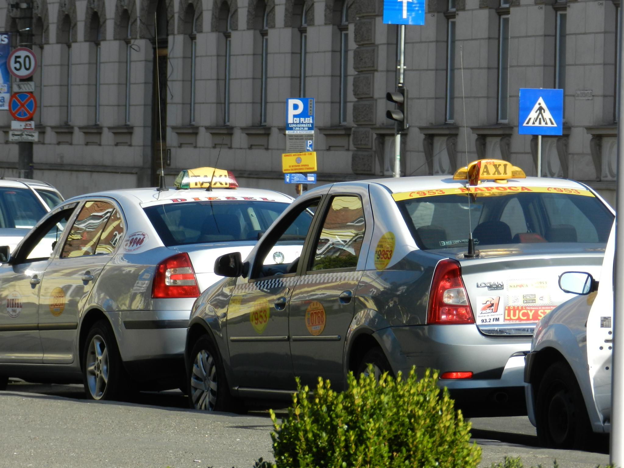 Războiul firmelor de taxi clujene își mai consumă un episod: The Good Cab vs Nova!