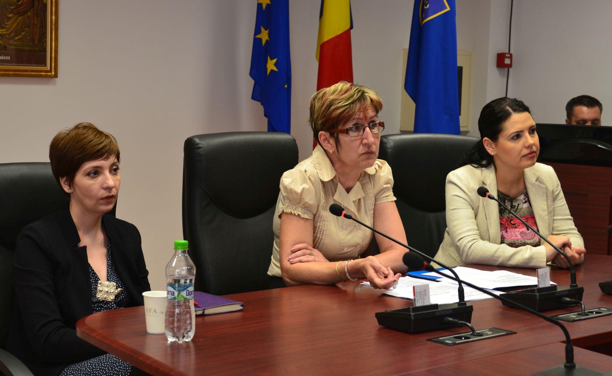 Amedeea Enache, Nicoleta Molnar, Diana Coman