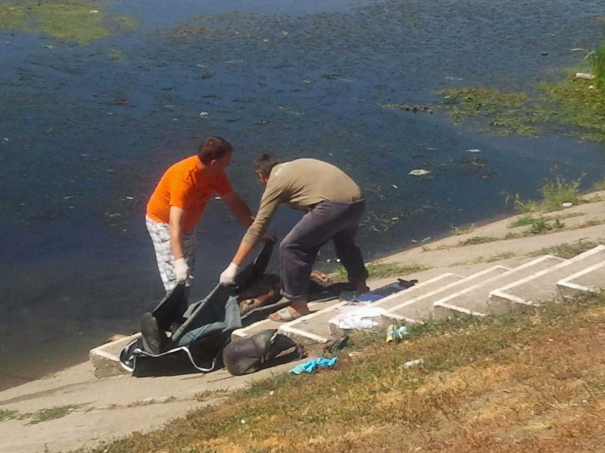 Cadavrul unui bărbat a fost găsit plutind în derivă în albia Someșului, lângă aeroport