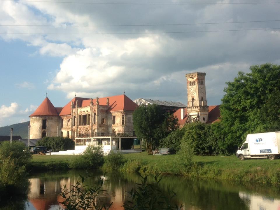 castelul banffy electric castle