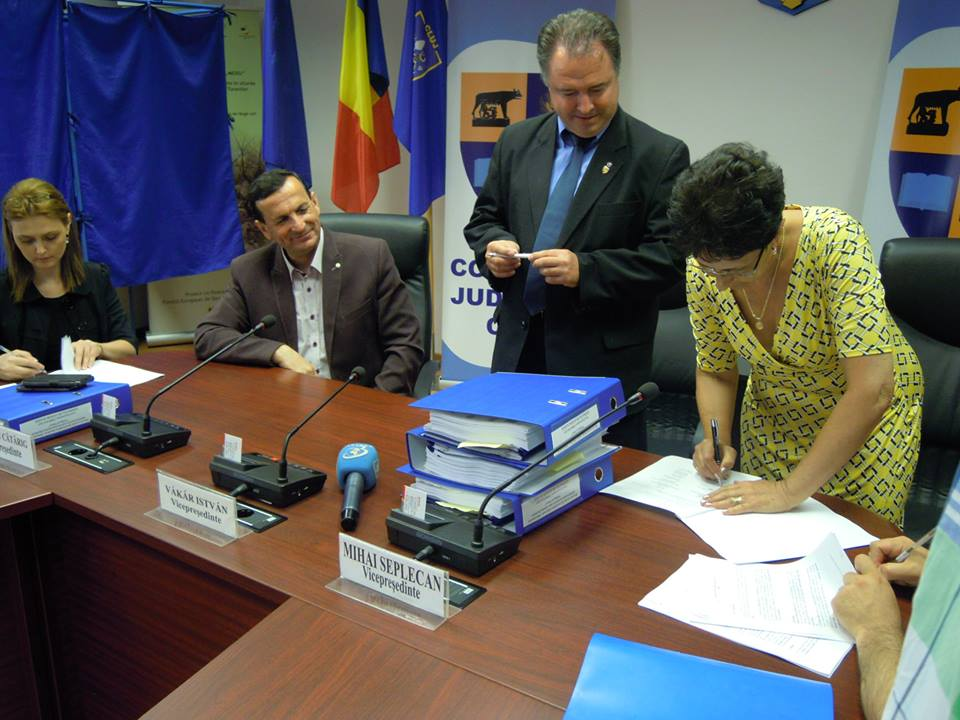semnare contract CJ Cluj proiect modernizare infrastructura de acces zona turistica rachitele prislop ic ponor