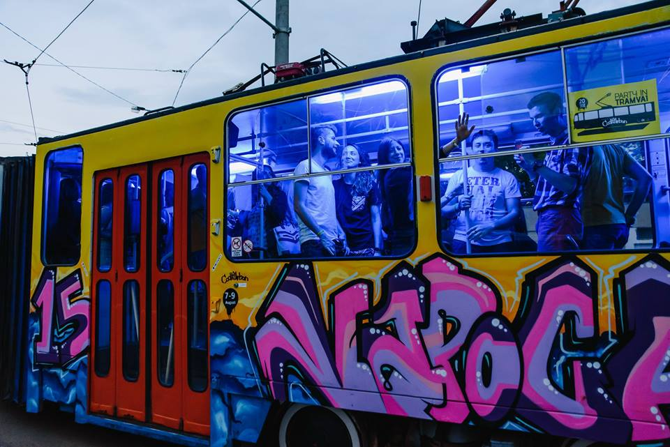tramvaiul capitalei europene a tineretului