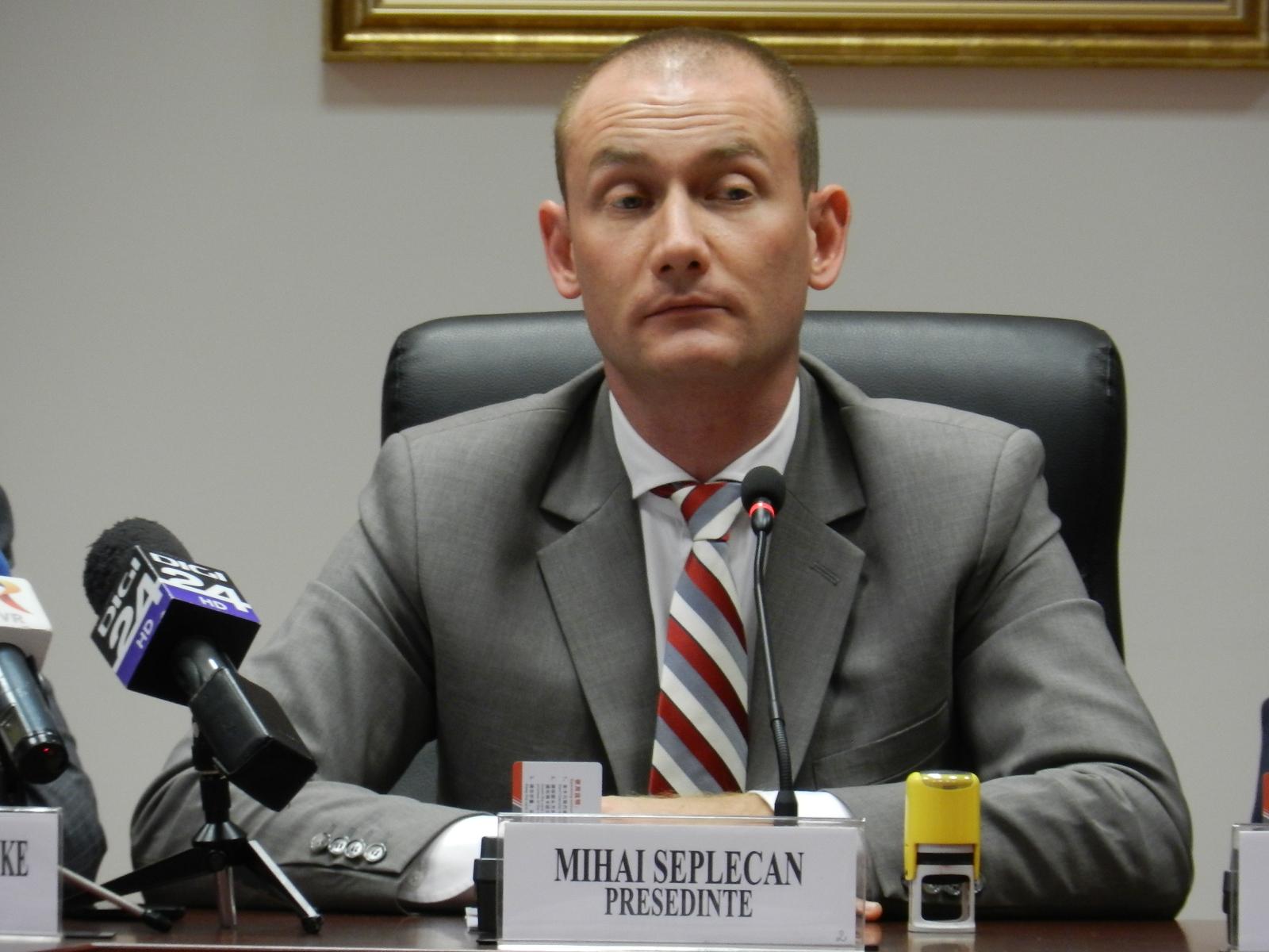 Seplecan acuză presiuni asupra sa și lansează un avertisment public