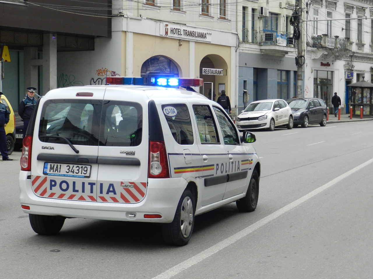 Peste 700 de sancțiuni contravenționale aplicate de polițiștii clujeni în mini-vacanța de 1 mai