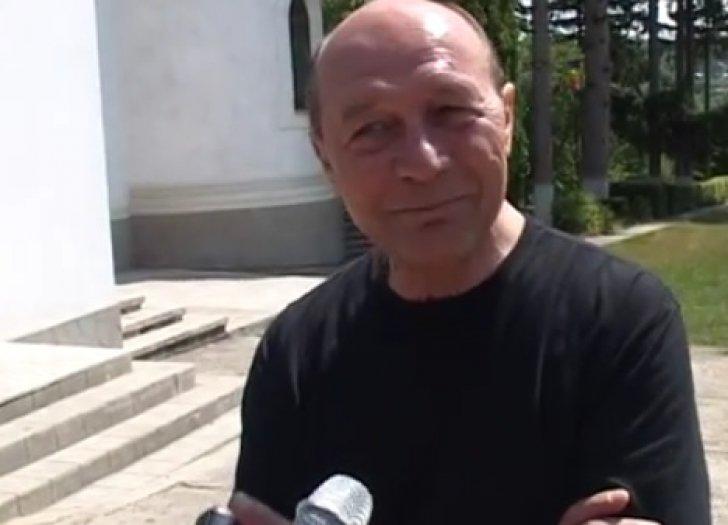 Traian Băsescu și-a condus astăzi socrul pe ultimul drum. Cel mai mare regret al fostului președinte
