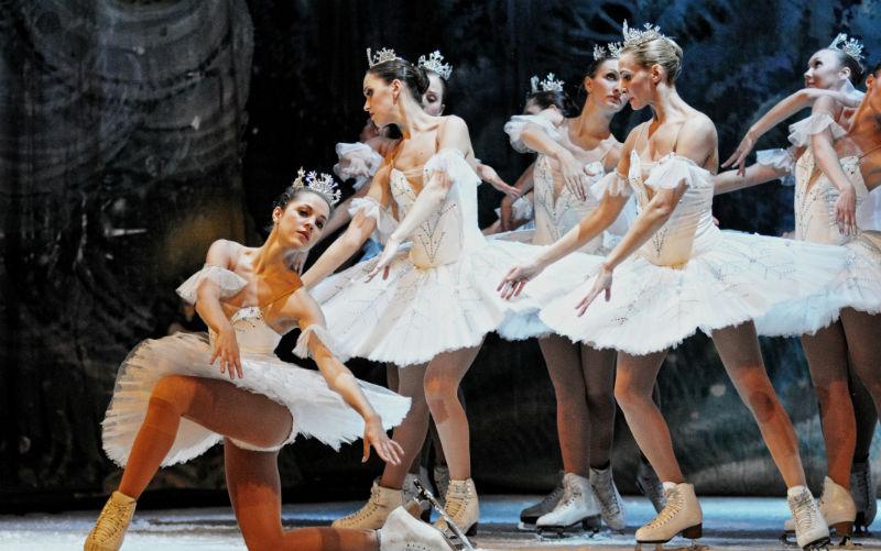 Un nou turneu în România al Ansamblului de Stat al Baletului pe Gheață din Sankt Petersburg