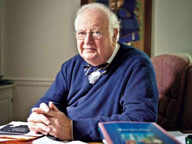 Premiul Nobel pentru economie a fost obţinut de profesorul Angus Deaton de la Universitatea Princeton