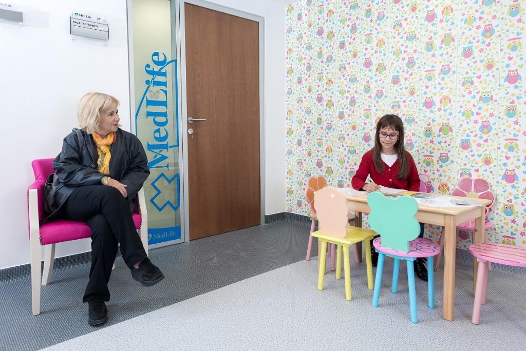 Zona asteptare pediatrie