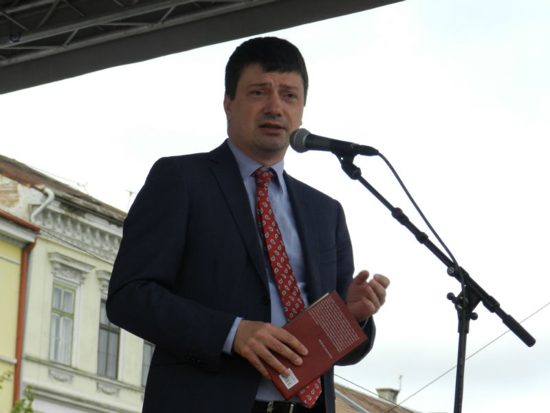 ionut vulpescu ministrul culturii