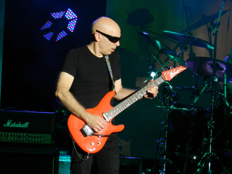 joe satriani cluj 13 oct 2015_8 (1)-w800-h600