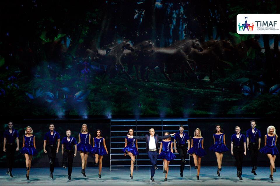 """Povestea """"jocurilor periculoase"""" spusă prin dans de trupa Lord of the Dance a adunat peste 3000 de spectatori la Sala Polivalentă din Cluj! VIDEO/FOTO"""
