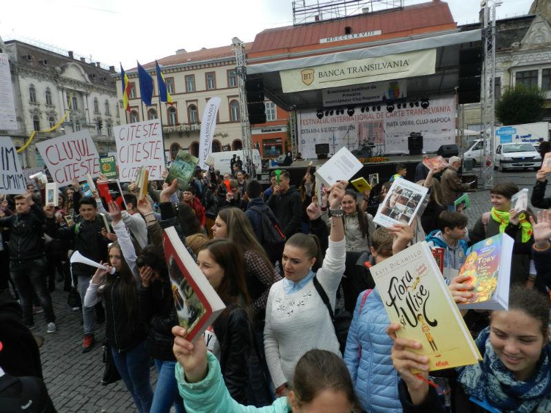 marsul lecturii festivalul international de carte transilvania10-w800-h600