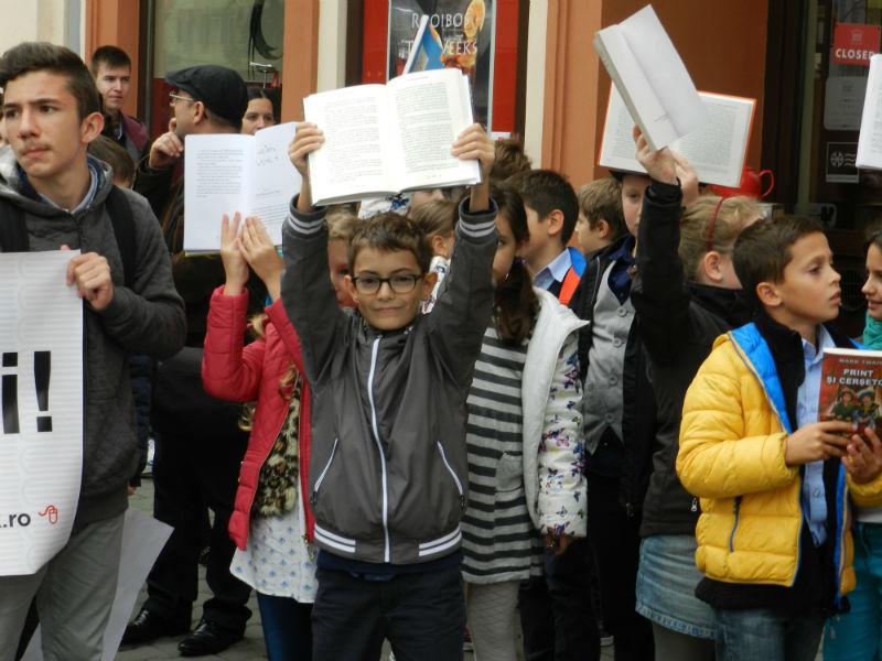 marsul lecturii festivalul international de carte transilvania8-w800-h600