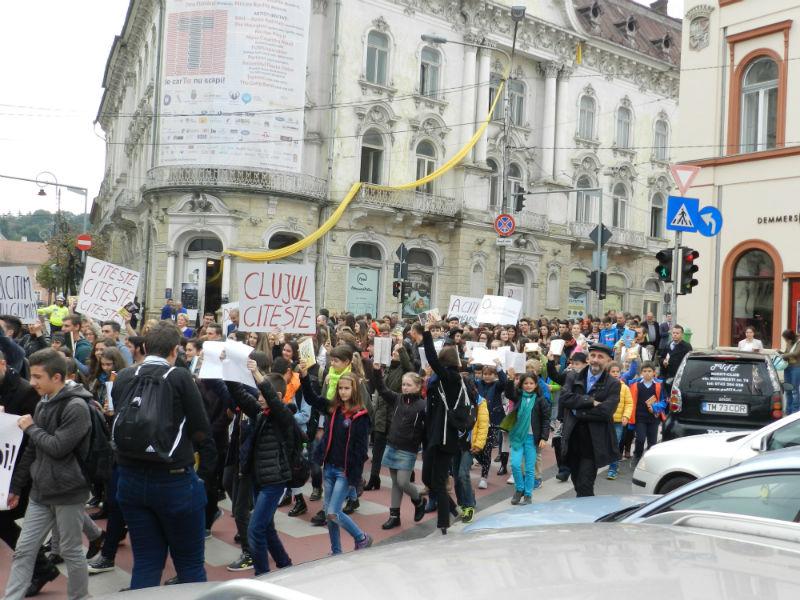marsul lecturii festivalul international de carte transilvania9-w800-h600