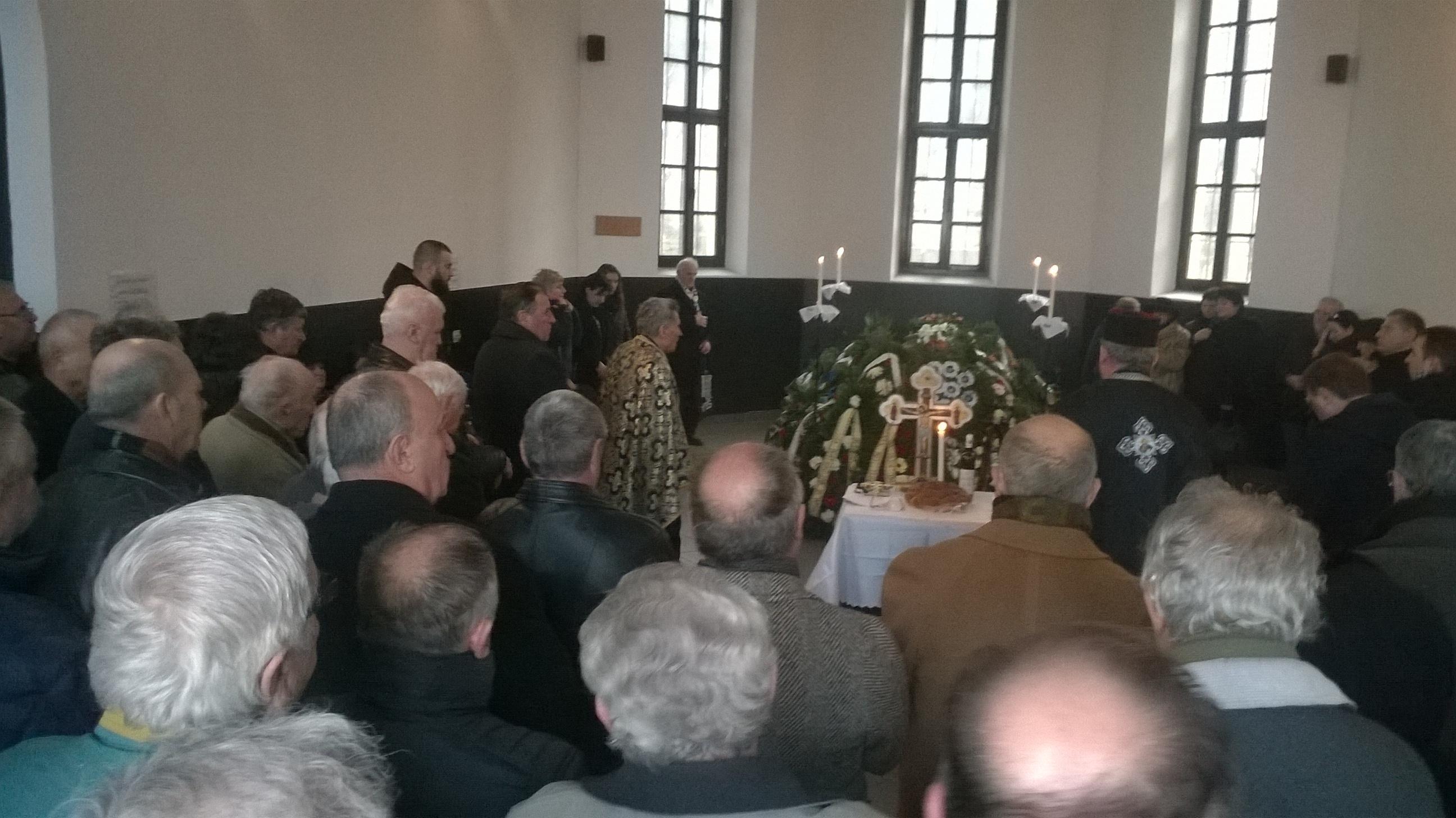 """Mihai Adam, fostul golgheter al lui """"U"""" Cluj și CFR, a fost condus miercuri pe ultimul drum! 150 de persoane au luat parte la înmormântarea din Cimitirul Central"""