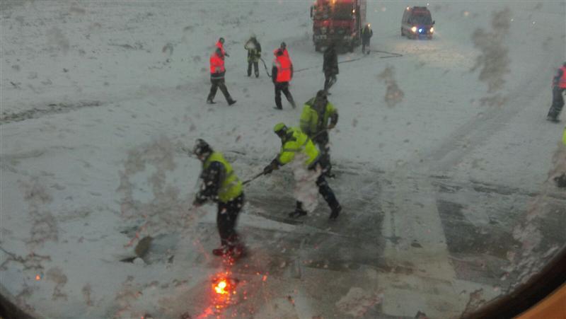 Angajaţii Aeroportului Cluj, dar şi reprezentanţi ai ROMATSA şi Blue Air, audiaţi de procurori