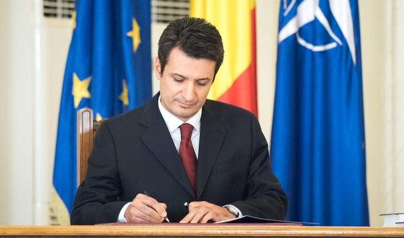Clujeanul Patriciu Achimaș-Cadariu a demisionat din fruntea Ministerului Sănătății după scandalul dezinfectanților