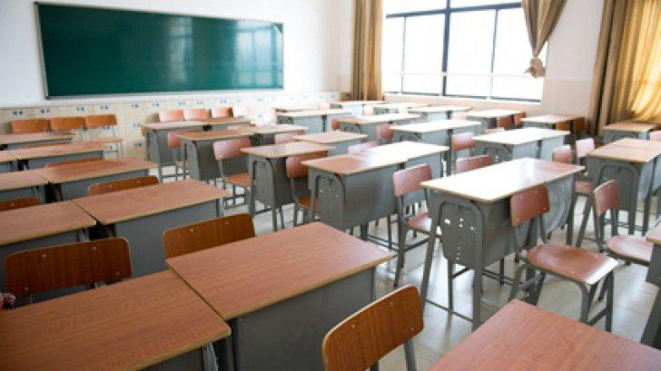 Mai multe școli și grădinițe din Cluj rămân închise parțial din cauza gripei, iar 500 de copii sunt ținuți acasă