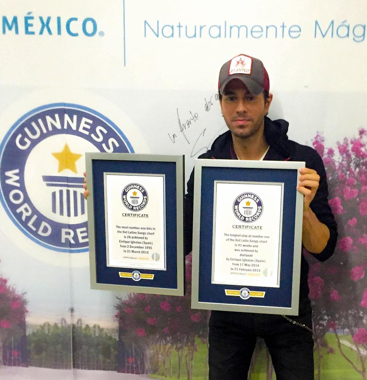 Enrique Iglesias a stabilit două recorduri mondiale GUINNESS
