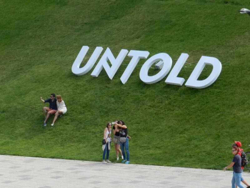 Fii parte din povestea Untold! Cel mai bun festival din Europa are nevoie de peste 1.200 de voluntari pentru ediţia a 2-a!