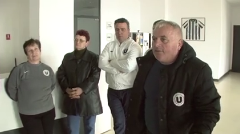 """Revolta angajaților de la """"U"""" Cluj! Neplătiți de 6 luni aceștia au intrat în grevă generală"""