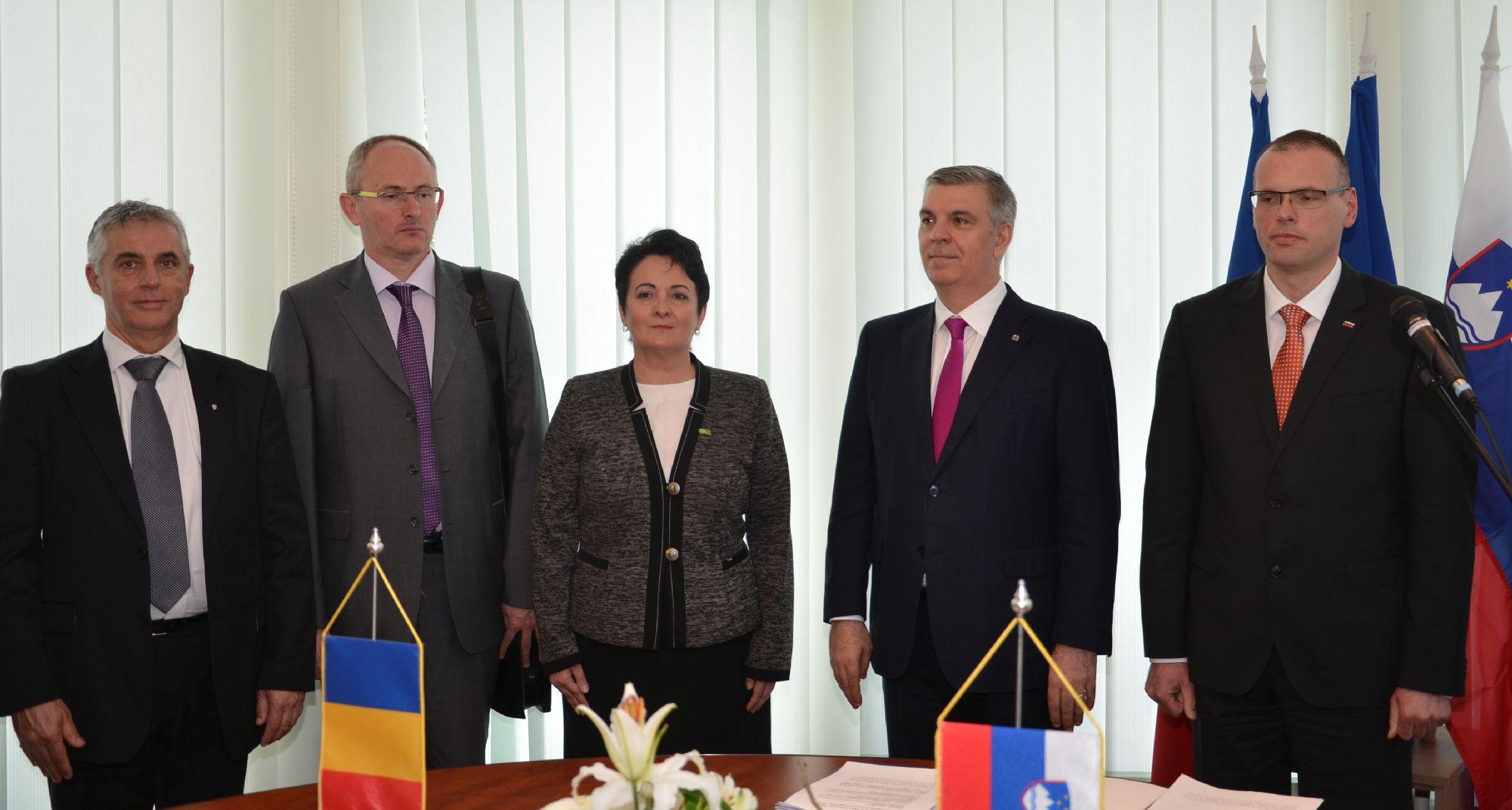 Inaugurare Consulatul Sloveniei la Cluj foto EXIMTUR (4)