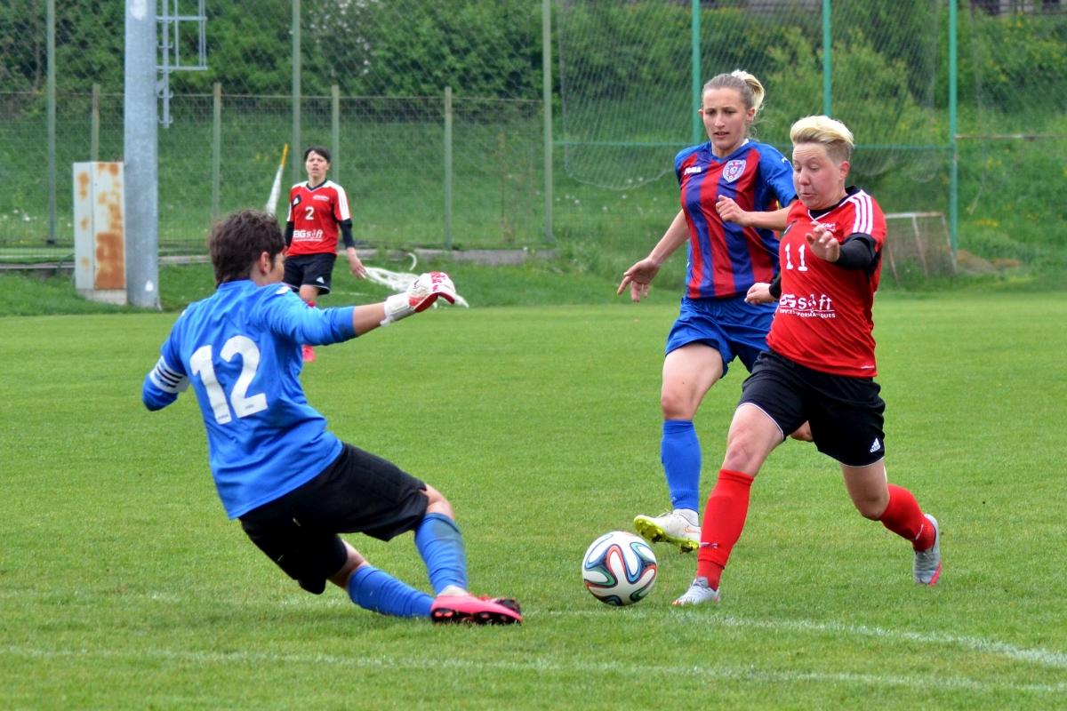 Batea Mara (Olimpia Cluj-Napoca), marcatoarea ultimelor doua goluri in meciul cu ASA Targu Mures