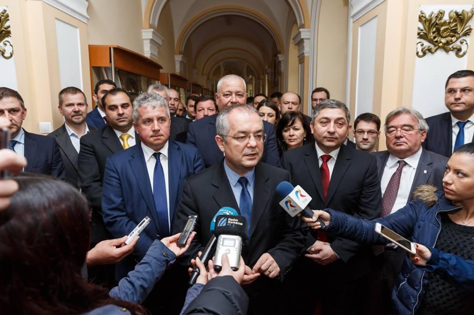 Sondaj preelectoral IRES: Emil Boc castiga detasat alegerile la Primaria Cluj-Napoca din 5 iunie, cu 42%