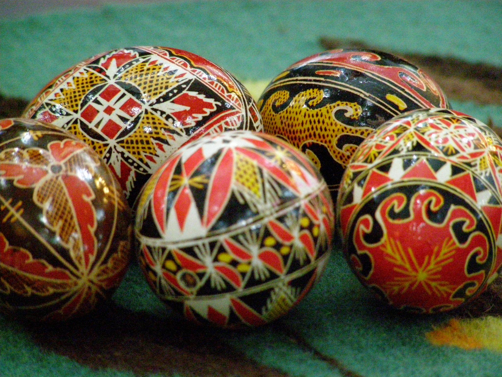 Sondaj IRES: Sărbătoare comună a Paştelui ortodox cu cel catolic, dorită de 68% dintre români