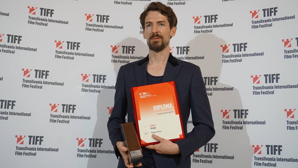 caini filmul premiul TIFF 2016