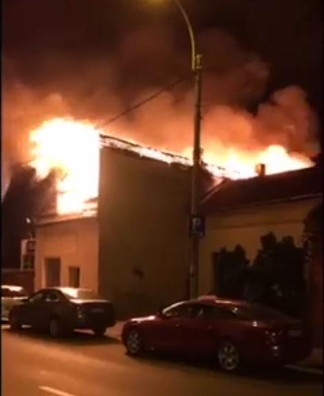 incendiu calea dorobantilor langa billa noapte 9 iun 2016