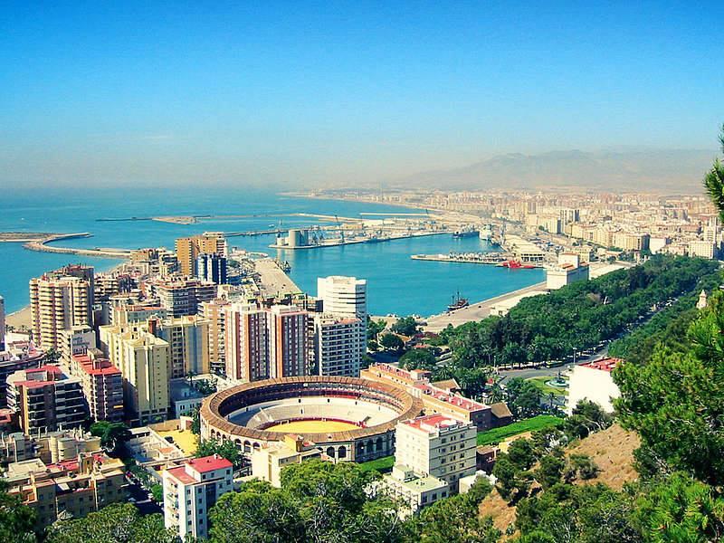 """Malaga-Spania, o nouă destinație de pe Aeroportul Internațional """"Avram Iancu"""" Cluj din august 2016"""
