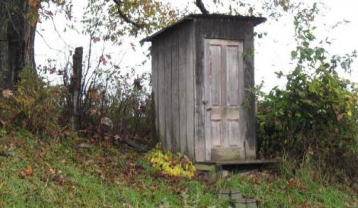 Unul dintre trei locuitori din Muntenia, Moldova si Oltenia are canalizare