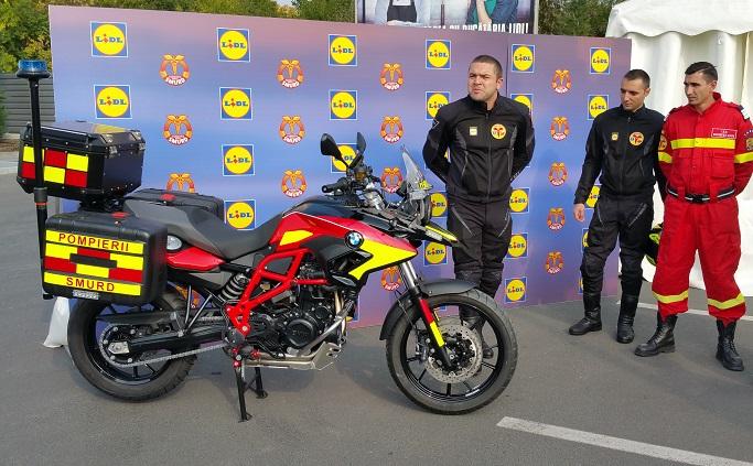 București: 611 vieți salvate de motocicletele SMURD, donate de Lidl România