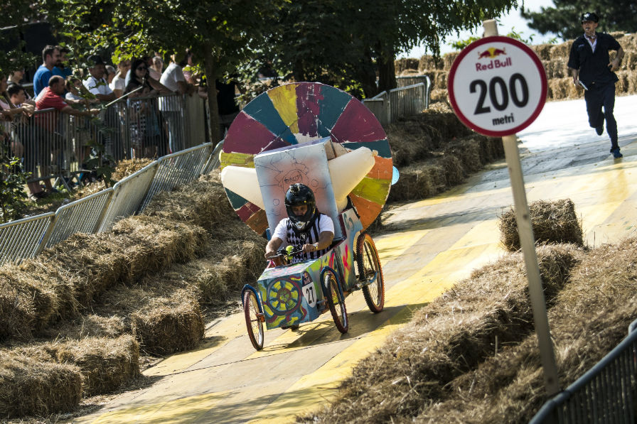 MS_Red Bull Romanaics Soap Box 2016_030916_1021-w1000-h597