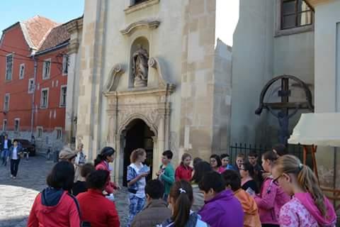 Tur ghidat prin centrul istoric al Clujului, pentru elevii școlilor speciale