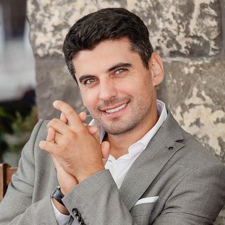 Actorul Bogdan Rădulescu părăsește USR Cluj