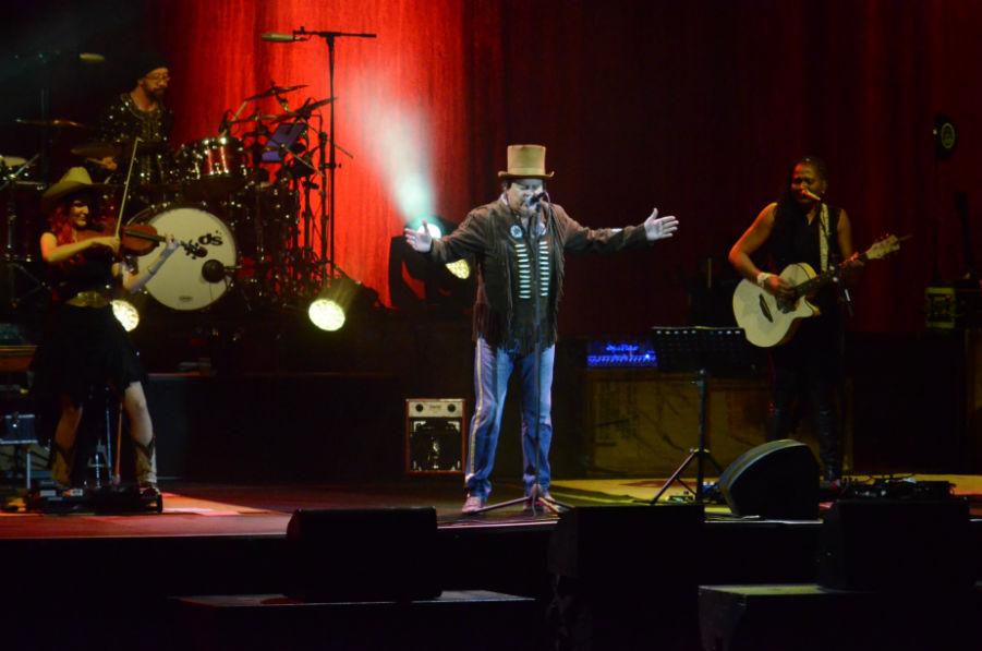 ZUCCHERO, concert de neuitat la Cluj, în Sala Polivalentă! Artistul italian a ridicat sala în picioare! FOTO/VIDEO