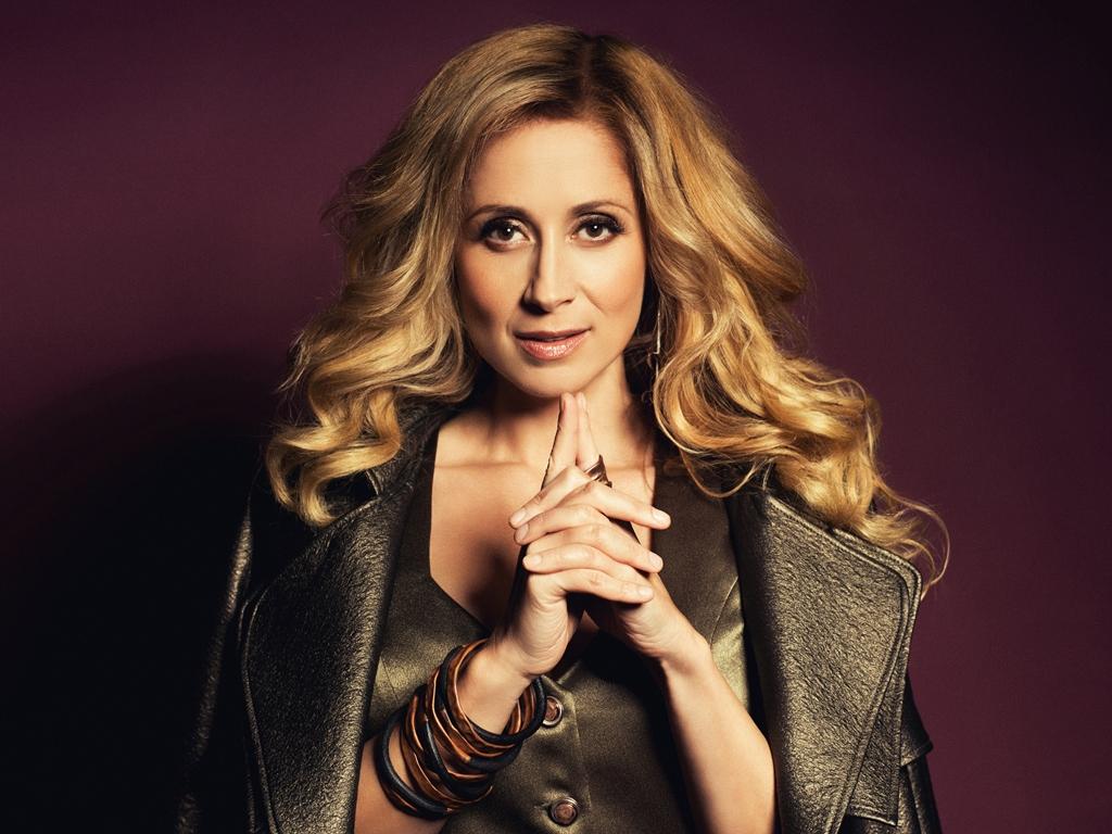 LARA FABIAN pregătește un nou album cu piese exclusiv în limba engleză