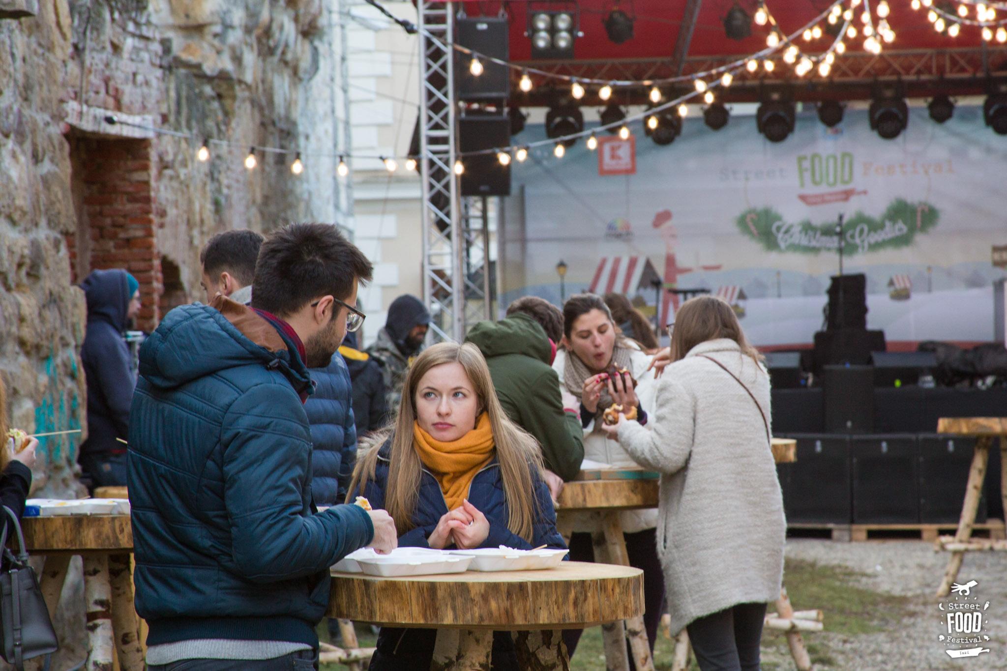 A început ediția de iarnă a Street Food Festival la Cluj-Napoca, pe strada Potaissa