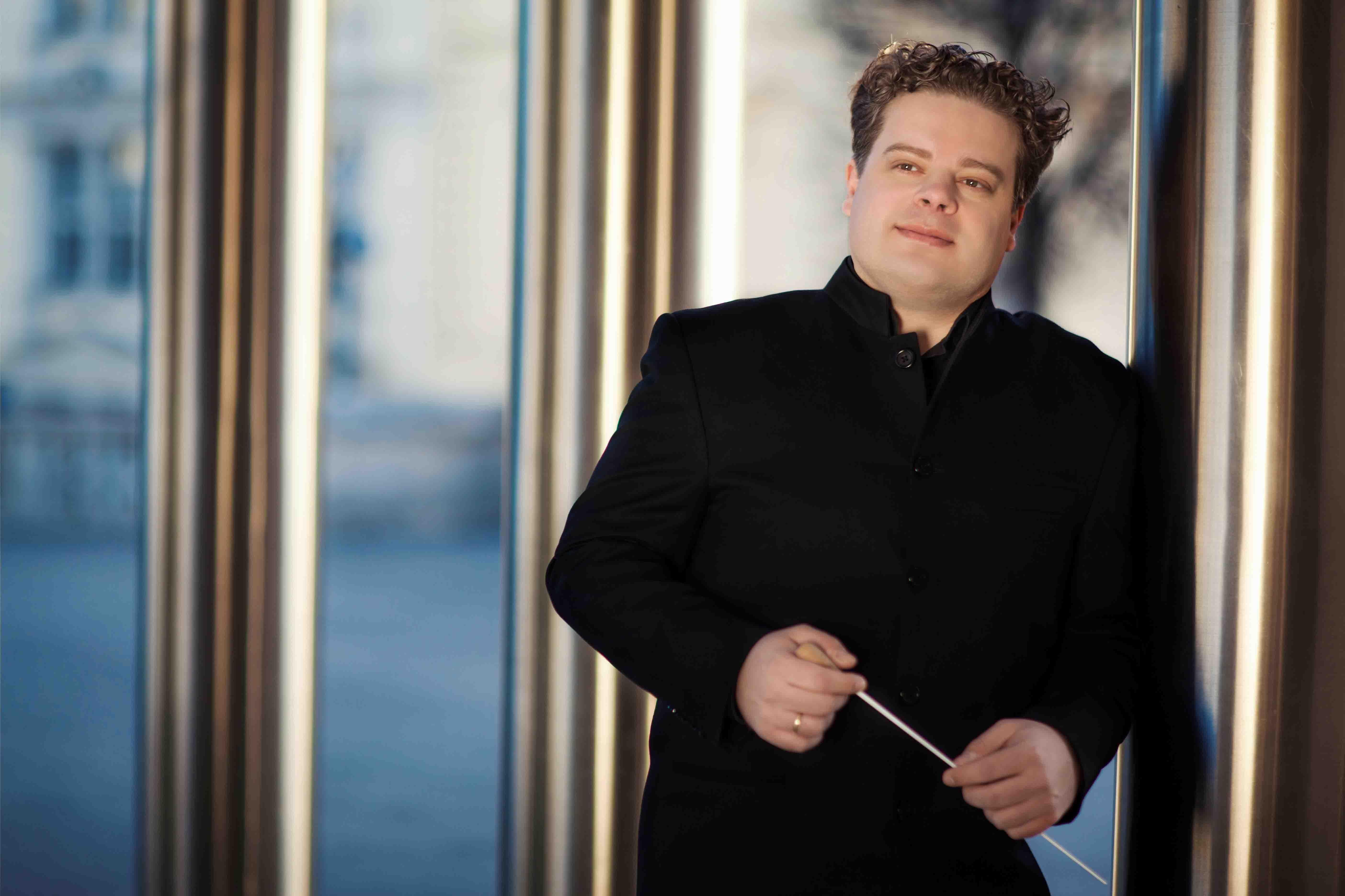 Concert simfonic sub bagheta dirijorului Pierre Pichler Andrej Žust – cornist al Orchestrei Filarmonicii din Berlin – pe scena Colegiului Academic