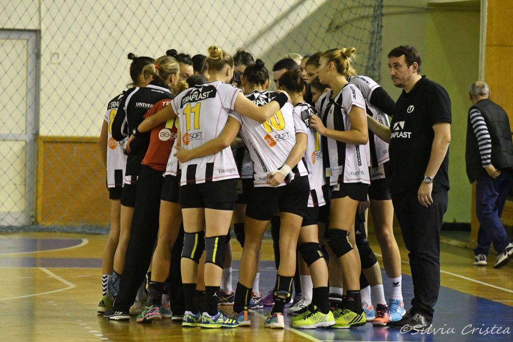 O nouă înfrângere pentru handbalistele Universității Cluj! Urmează meciul cu campioana Europei, CSM București!