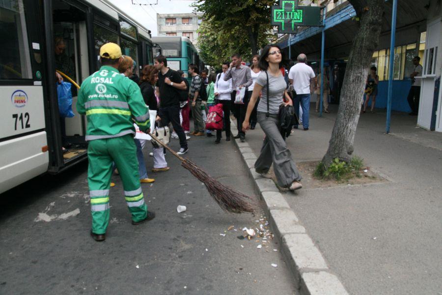 Curățenia de primăvară începe din cartierele Grigorescu si Gheorgheni