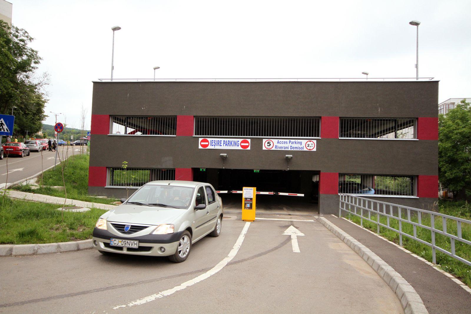 303 locuri de parcare disponibile la Cluj Arena, introduse în aplicația Cluj Parking!