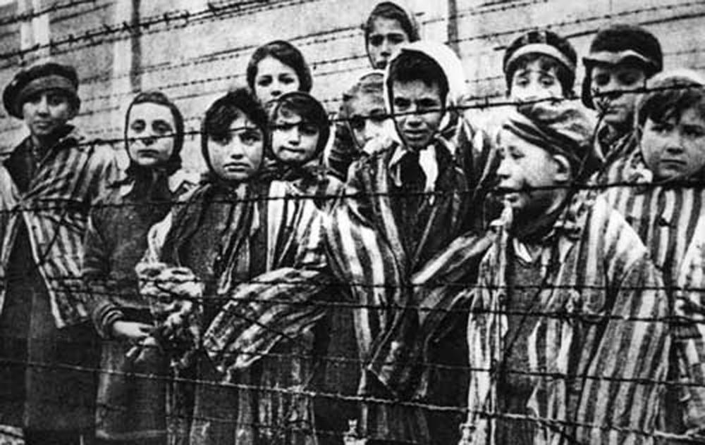 """""""Viitorul Memoriei"""" – Holocaustul din România și Republica Moldova, comemorat prin manifestări artistice în Oradea şi Cluj"""