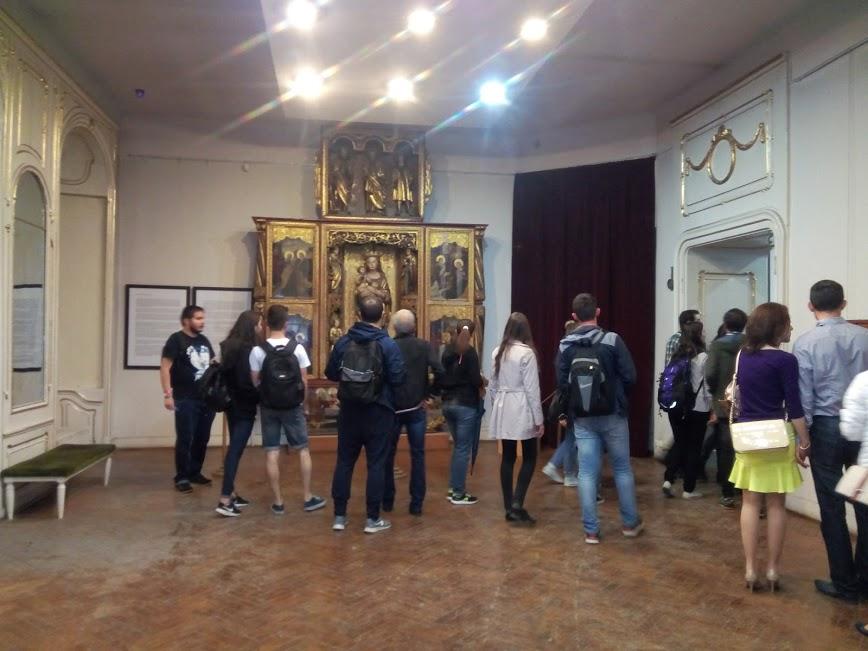 Mii de clujeni au făcut noapte albă pentru a vizita muzeele clujene – FOTO