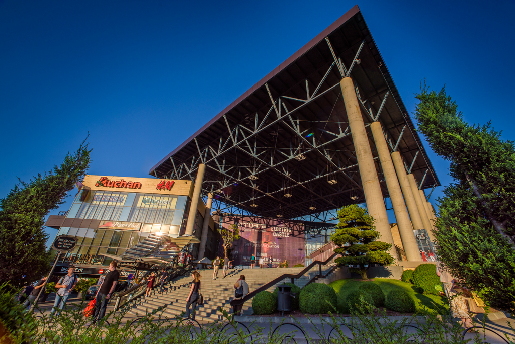 Ai poftă de cumpărături? Brandurile din Iulius Mall Cluj sărbăoresc noul an cu promoţii de până la 70%!