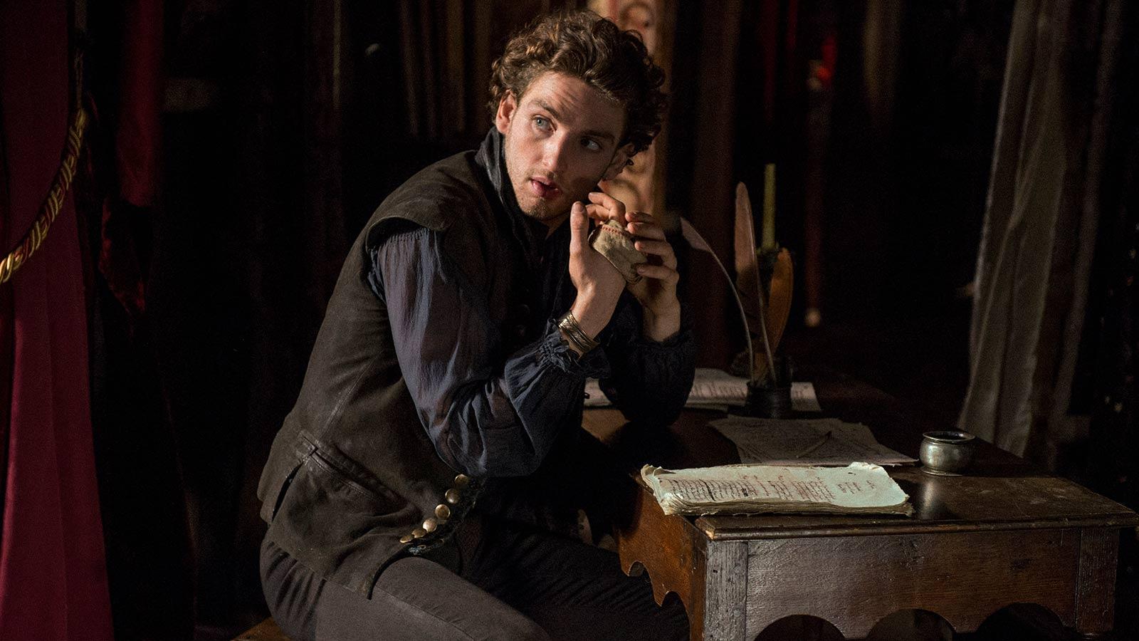 William Shakespeare, personaj de serial, din 13 iulie la TNT!